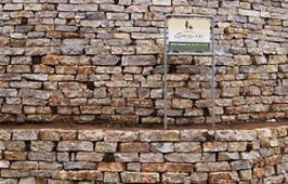 trockenmauer_lisco_mediterrano_grau
